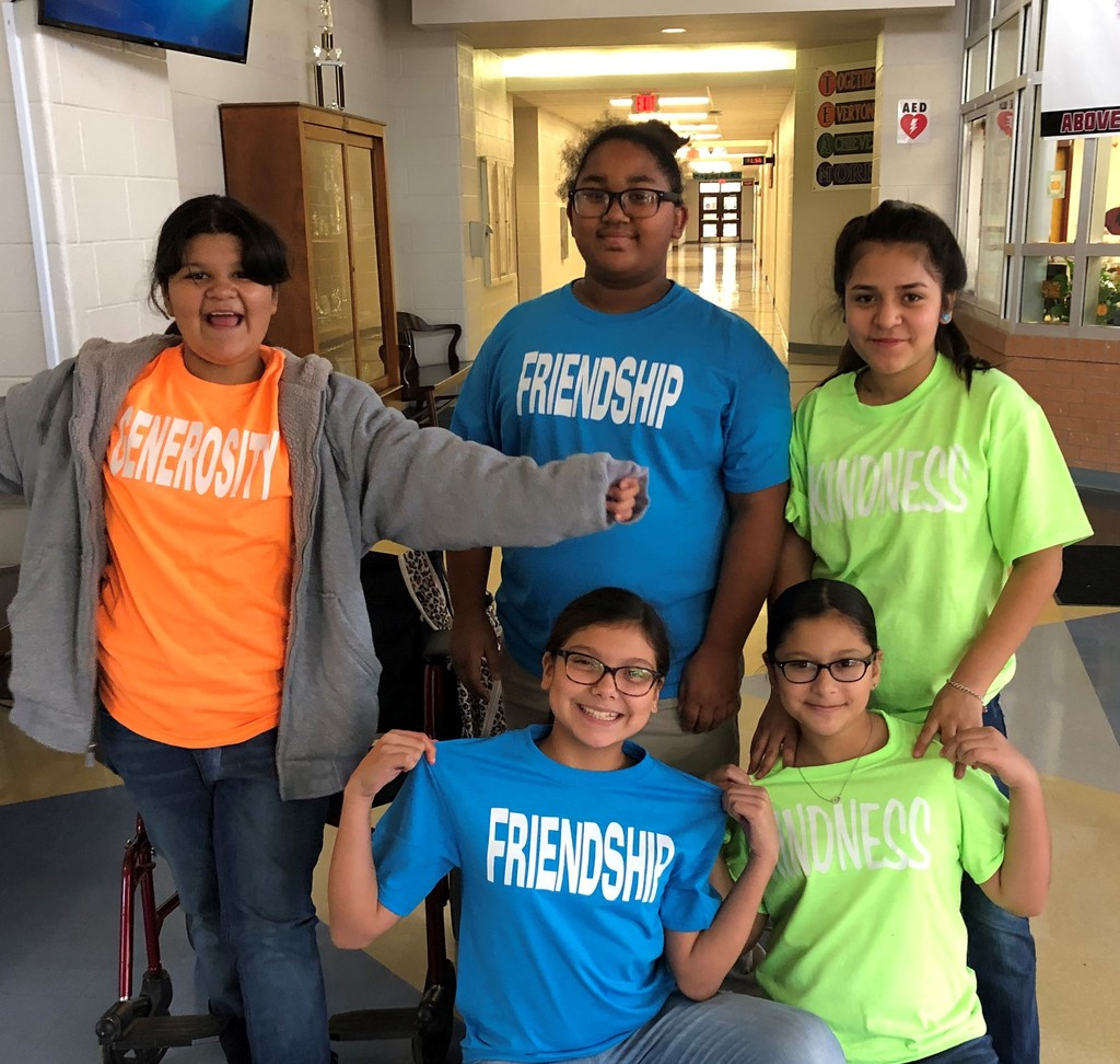 MHMS students wearing their BE THAT KID team shirts